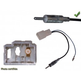 ADAPTATEUR D ANTENNE DIN TOYOTA AVENSIS 2010-